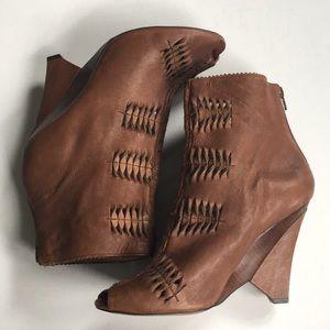 Sam Edelman leather heels